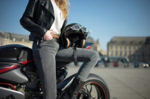 Moto : conseils pour les femmes de petite taille